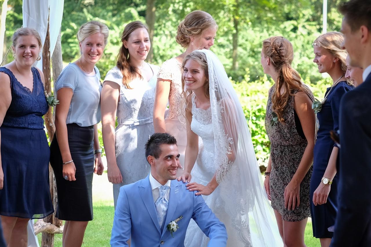 Trouwfoto's op de trouwlocatie Buitensociëteit & Bowling in Deventer